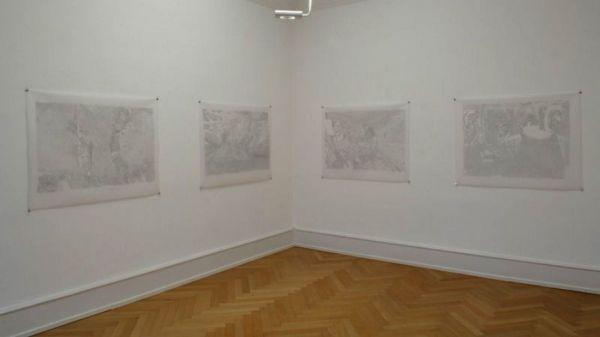 Blick in die Ausstellung: Feiningers Wegzeichen