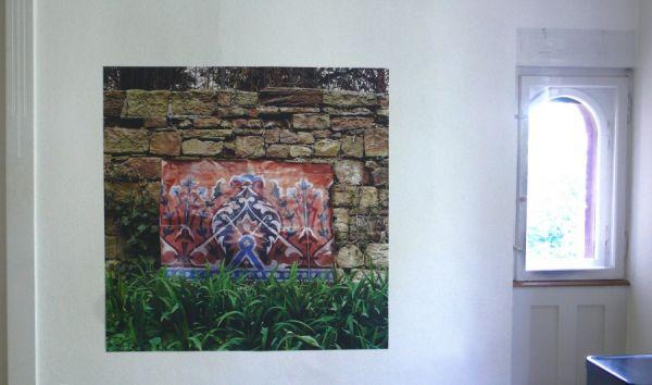 Bild von mexikanischem Zementfußboden in meinem Garten 140 x 140cm digital print auf Folie 2009